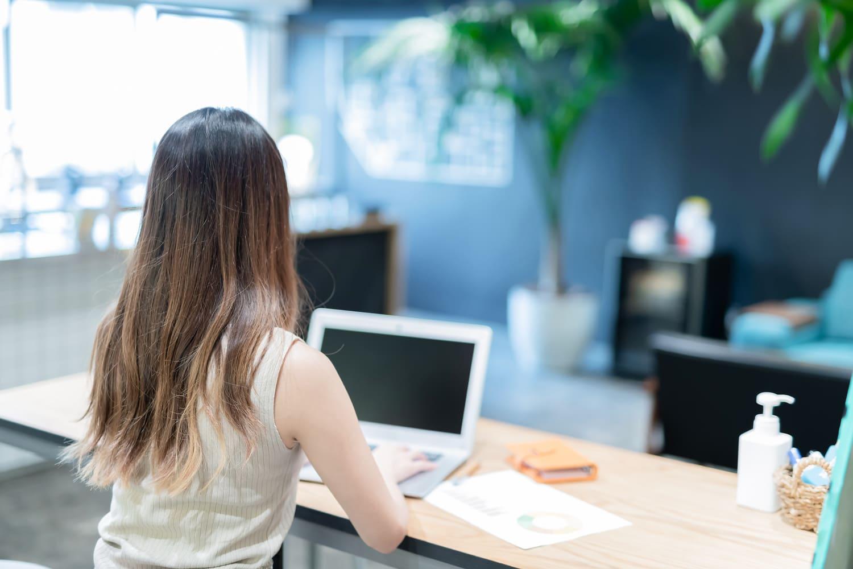 女性ならではの職業チャットレディ 新宿は求人が豊富
